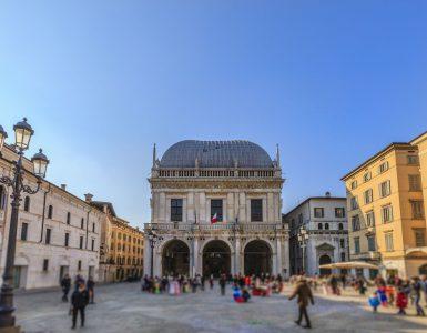 Brescia, Piazza della Vittoria